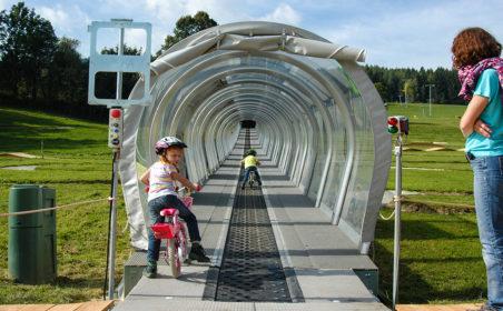 MiniBike-Park und Wechsel Lounge