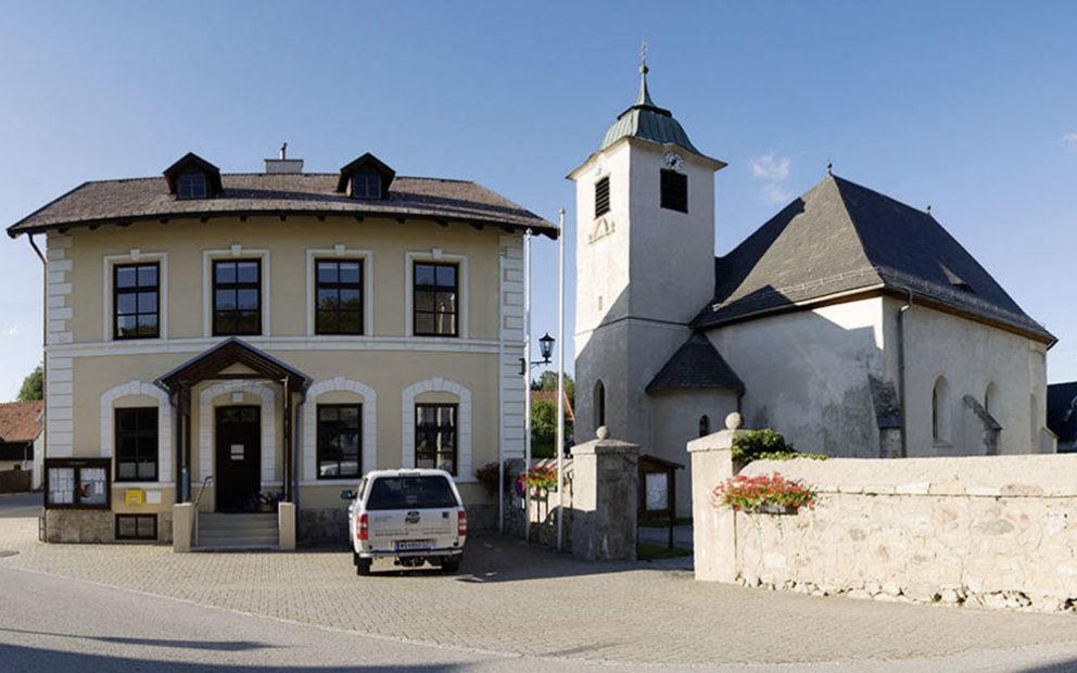 Gemeinde-Besuch: Raach am Hochgebirge
