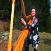 Beatrix Huber – Harfenspielerin