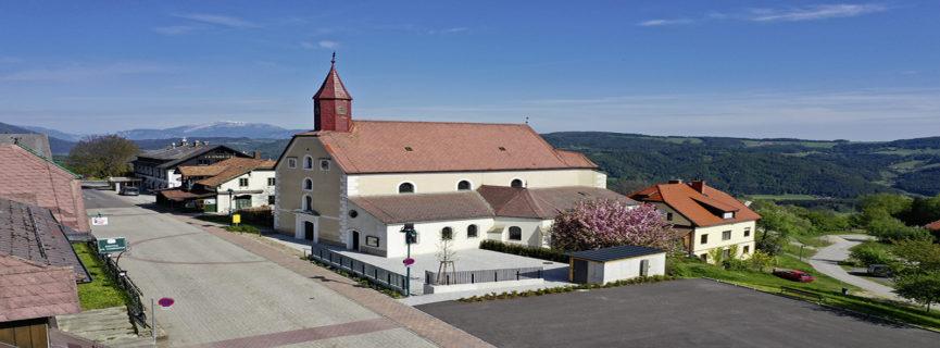 Gemeinde-Besuch: St. Corona am Wechsel