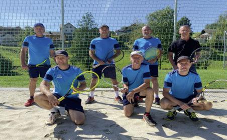 Tennismeisterschaft im familiären Rahmen
